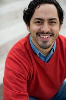 Jerry Mañan as Jon