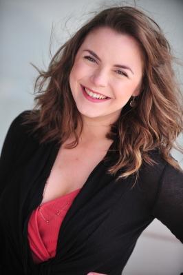 Emmy Panzica-Piontek as Kristine